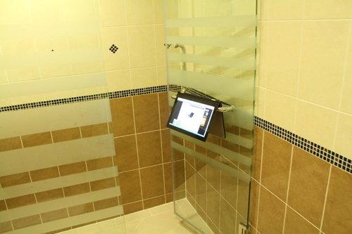 Notebook-bathroom-6