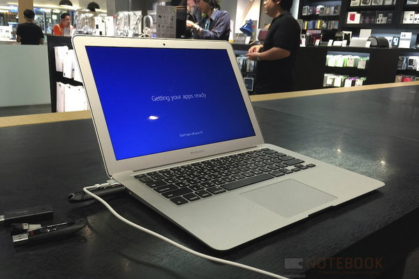 macbook air com7 001