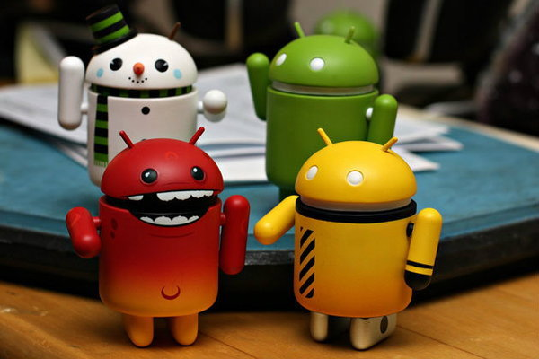 android-figurines-family-o-abe-flickr