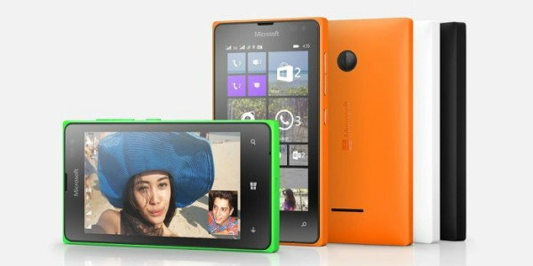 01-Lumia-435-DSIM-beauty-1-jpg