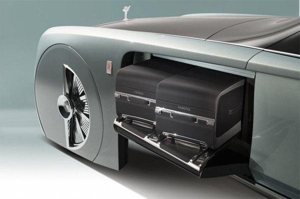 Rolls-Royce-driverless-car4