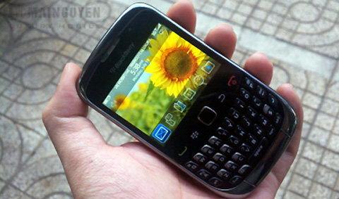 Blackberry Curve 9300 3G สเปคทางการมาแล้ว