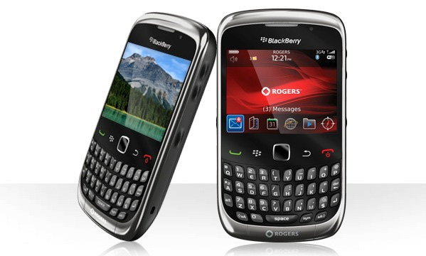 BlackBerry Curve 3G 9300 ผู้สืบทอดจาก 8520 พร้อมราคาที่จับต้องได้