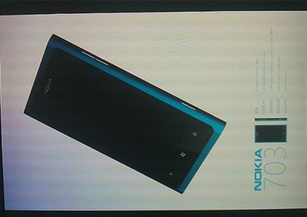 หลุดอีกหนึ่งโนเกีย 703 สมาร์ทโฟน  Windows 7 ตัวใหม่ล่าสุด