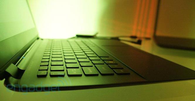 "CES 2012: Acer เปิดตัว Aspire S5 ""โน้ตบุ๊คบางที่สุดในโลก"", เปิดเครื่อง 1.5 วิ, พอร์ต Thunderbolt!"