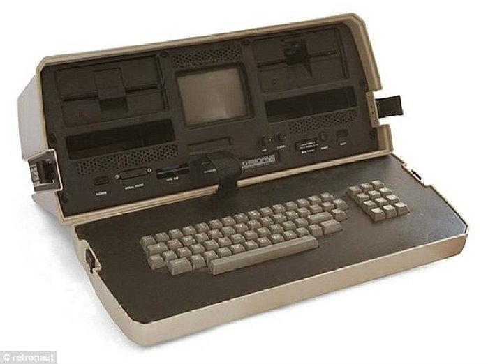 """ฮือฮา เปิดโฉม""""แล็บท็อปตัวแรกของโลก"""" เคยเป็นที่นิยมสูงในอดีต หน้าตาเห็นแล้วต้องอึ้ง"""