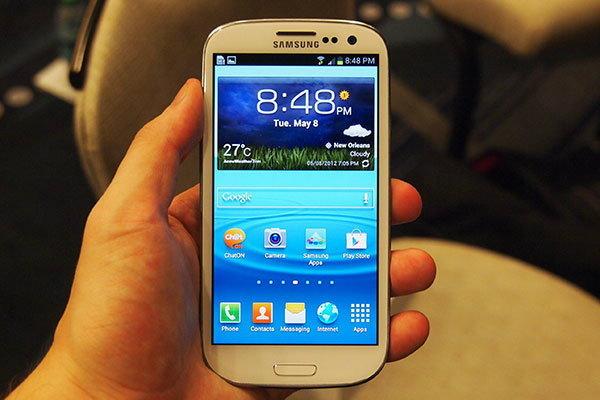 Galaxy S3 พบอาการเครื่องค้างและดับไปเอง โดยไม่ทราบสาเหตุ