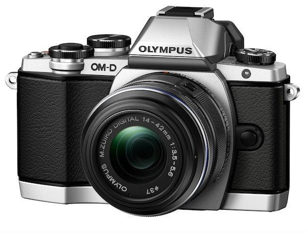Olympus เปิดตัวกล้องราคาย่อมเยา E-M10 พร้อมเลนส์อีก 2 ตัว