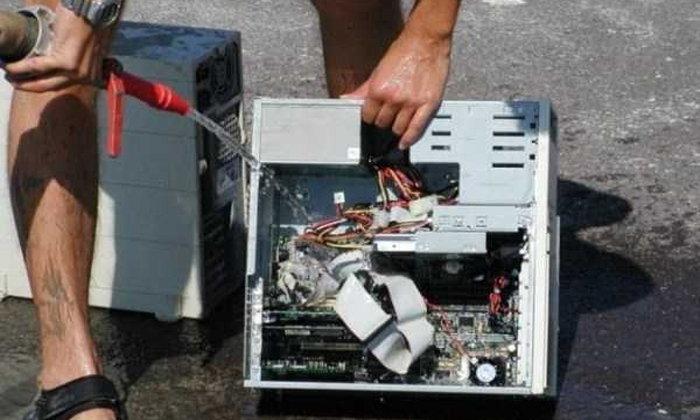 รวมภาพวิธีแปลกๆ ที่ทำให้คอมพิวเตอร์เครื่องรักของคุณเย็นลง