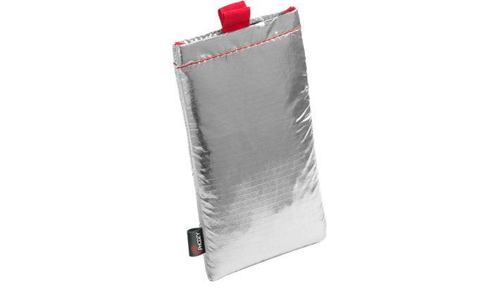 Phoozy Thermal Capsule ถุงใส่มือถือที่กันร้อน กันกระแทก และกันน้ำได้ในระดับใช้บนอวกาศ