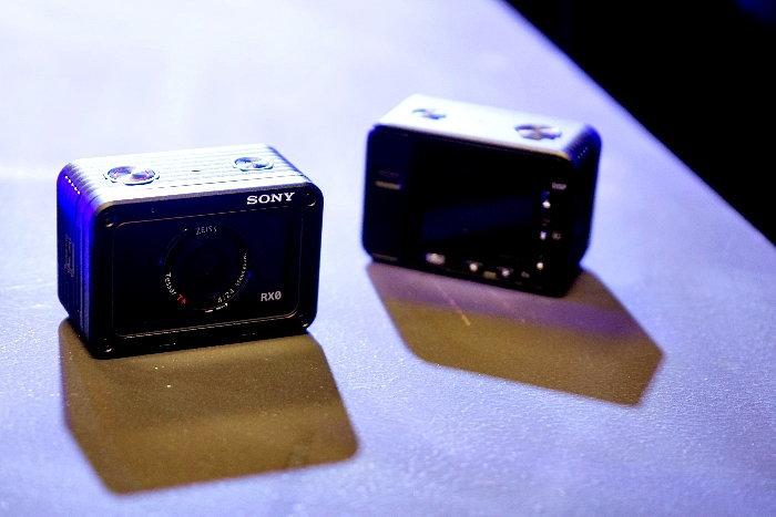 โซนี่ส่งกล้อง RX0 สุดยอดกล้องดิจิตอลขนาดจิ๋วที่อัดแน่นด้วยเทคโนโลยี