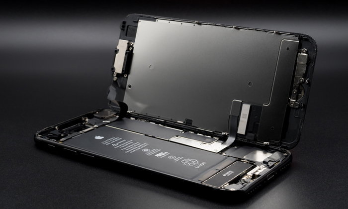 ทำไมเปลี่ยนแบตฯ iPhone ก้อนใหม่แล้ว แต่ยังหมดเร็วเหมือนเดิม?