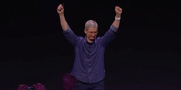 Apple ขาย Apple Watch ได้มากกว่า Rolex Swatch และนาฬิกา Swiss แบรนด์อื่นๆ รวมกันเสียอีก