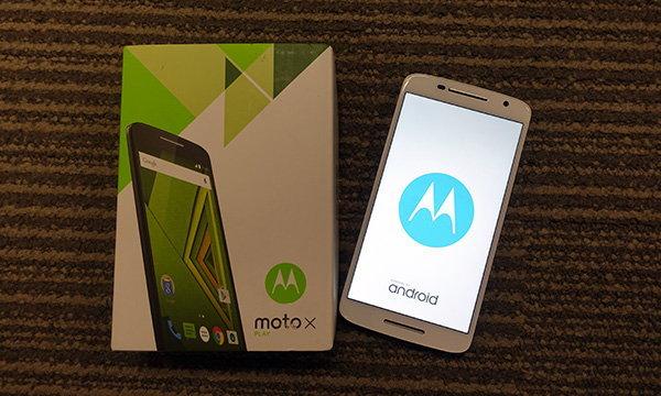 """[รีวิว] Moto X Play """"มือถือรุ่นกลางของ Moto คุ้มค่าสำหรับคนที่ไม่อยากติดสัญญา"""""""