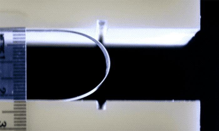 Corning กำลังพัฒนากระจกสำหรับมือถือพับได้ คาดว่าจะเริ่มขาย 2 ปีข้างหน้า