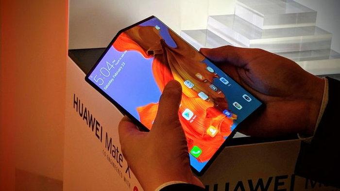 Huawei บอก อนาคตสมาร์ตโฟนพับหน้าจอได้จะมีราคาถูกยิ่งกว่าเรือธงในปัจจุบัน