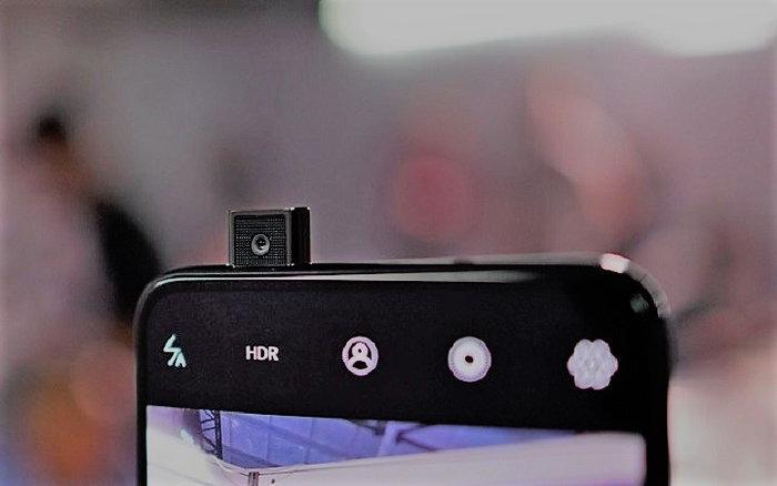 """""""Samsung Galaxy A90"""" จะมีกล้องป๊อปอัพ ชิปสุดทรงพลัง และจอใหญ่ที่สุดของ Samsung"""