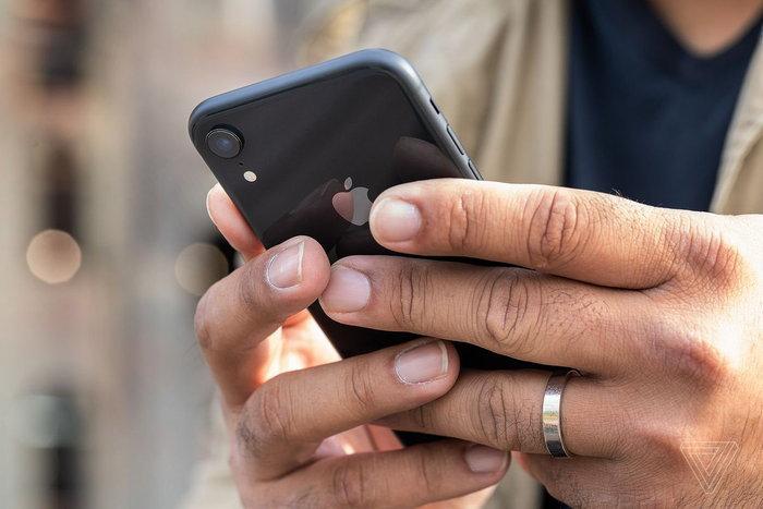 Apple เพิ่มกำลังผลิตรับกระแส Huawei โดนแบน