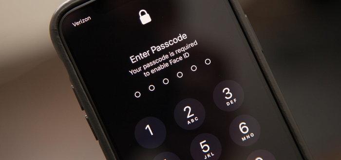 """Apple"" เตรียมอัปเดต ""iOS"" ป้องกันการแฮ็คโดยตำรวจ!"