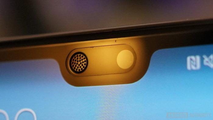 Huawei พัฒนาสมาร์ทโฟนดีไซน์แปลก  มี รู ติดตั้งกล้องหน้าแทน ติ่งหน้าจอ