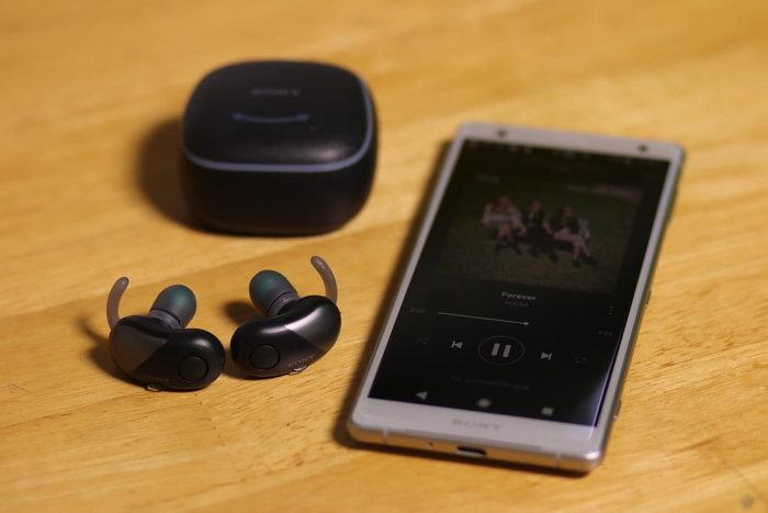 """รีวิว """"Sony WF-SP700N"""" หูฟังออกกำลังกายแบบ True Wireless จัดเต็ม EXTRA BASS กระหึ่ม"""