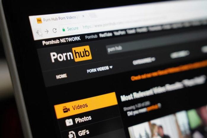 แบบนี้ก็ได้หรอ ผู้ใช้งานหันไปดู Pornhub หลังจาก YouTube ล่ม!