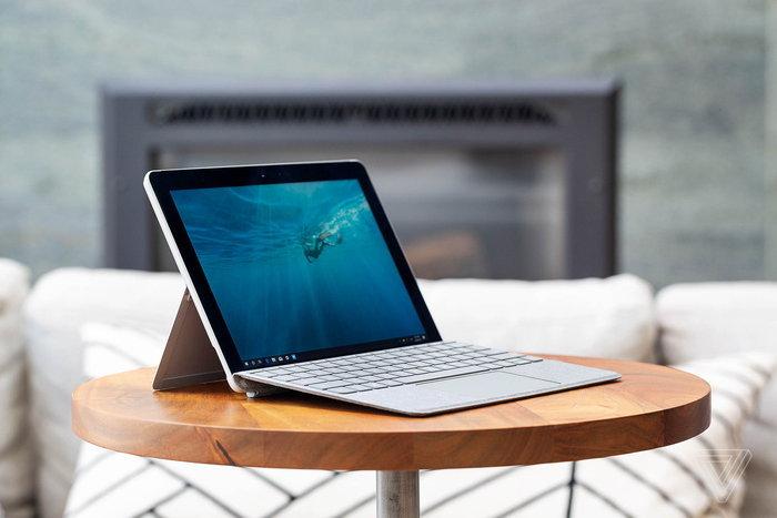 """Microsoft บอก iPad Pro """"ไม่ใช่คอมพิวเตอร์ที่แท้ทรู"""""""