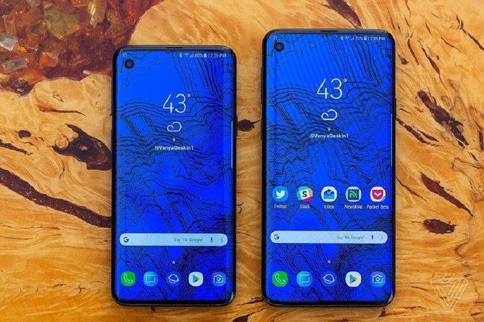 """Samsung Galaxy S10"" อาจจะได้ฟีเจอร์จ่ายไฟให้กับมือถือเครื่องอื่นได้"