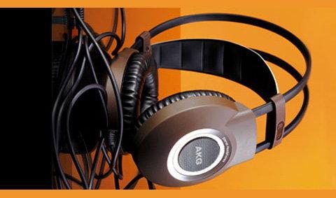 AKG K 514 STEREO HEADPHONES (No.134)