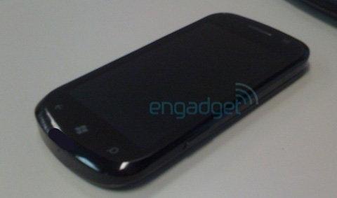 รวมสรุปเครื่อง Windows Phone 7 ที่จะออกมีรุ่นไหนบ้าง