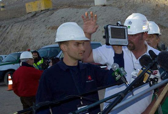 Panasonic โชว์แกร่งส่ง Toughbook ช่วยเหลือคนงานเหมืองถล่มในชิลี
