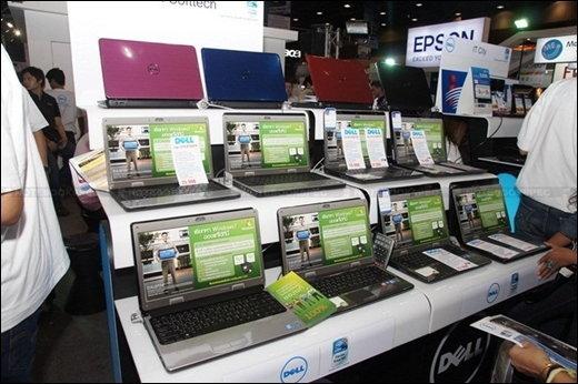 พาตะลุยงานคอมมาร์ทตอนแรกไปกับ Dell และ Fujitsu