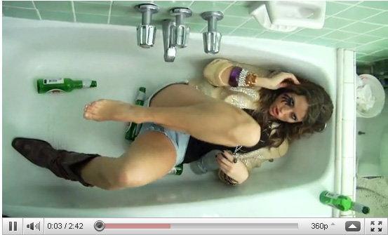 มาชม 10 สุดยอดคลิปแห่งปี 2010 บน YouTube กันดีกว่า!