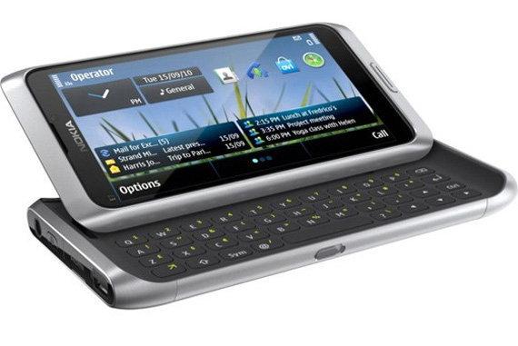 เลื่อนวางตลาด Nokia E7