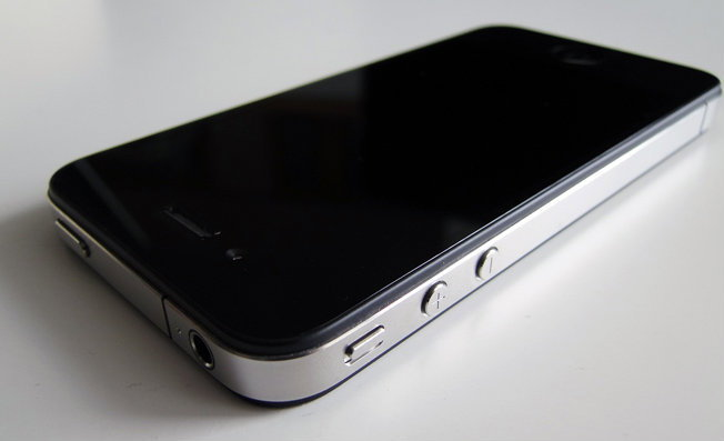 iPhone 5 วางตลาดไตรมาส 3 ปีนี้