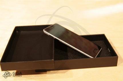 ลองไปดูโมเดลจำลอง iPhone 5 กันดีกว่า! (+video)