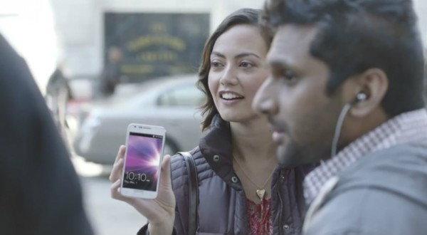มาชมโฆษณา Samsung Galaxy S II ตัวใหม่ล่าสุดกัดจิกสาวกต่อแถวซื้อ iPhone 4S
