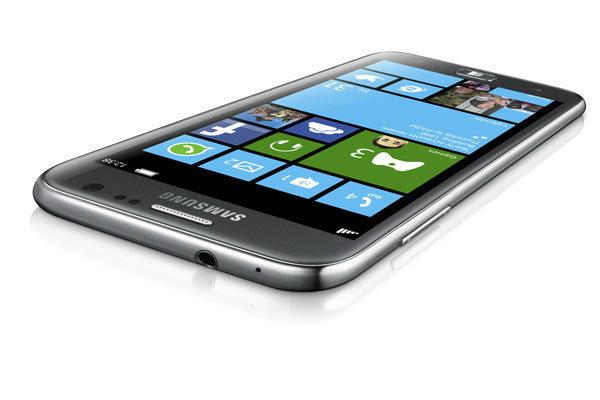 Samsung ATIV S มือถือ Windows Phone 8 ตัวแรก