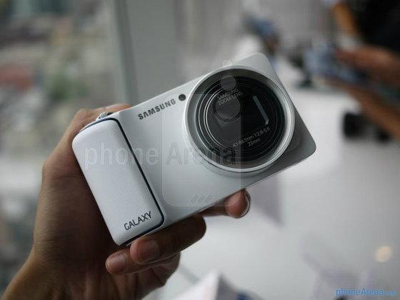 รีวิว Samsung Galaxy Camera : กล้องแอนดรอยด์ หน้าจอสัมผัส ซีพียูแรงระดับ Quad-core