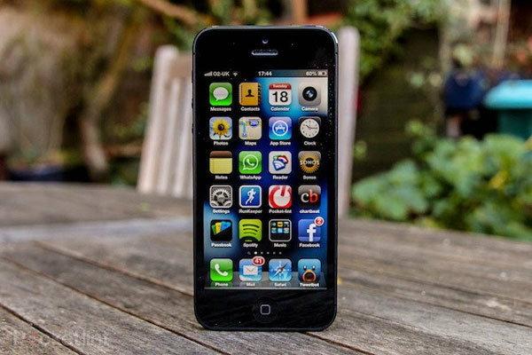 หลุดชิ้นส่วน motherboard บน iPhone 5S (ไอโฟน 5S) คาดใช้ชิปเซ็ท Apple A7