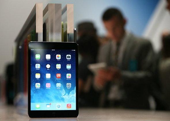 ซื้อ iPad Air, iPad mini Retina ดีไหม ? ความจุเท่าไหร่ ? เอาแบบใส่ซิมหรือเปล่า ?