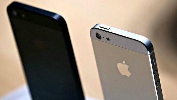 ผู้ใช้ iPhone เกือบครึ่ง ยินดีเปลี่ยนไปใช้ iPhone 5S หรือ iPhone 5C ทันทีที่วางจำหน่าย