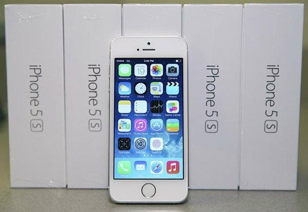 แอปเปิลเตรียมเปิดตัว iMac และ iPhone 5S รุ่นราคาถูก