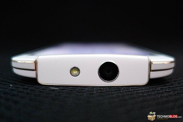 [รีวิว] OPPO N1 mini มือถือ Selfie กล้องหมุนได้ 195 องศา