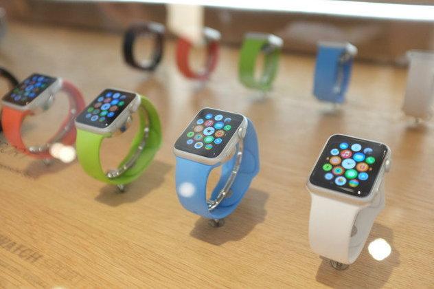 Apple Watch ถูกสั่ง Pre-Order กว่าล้านเรือนในอเมริกาในวันแรก