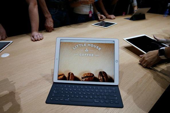 เปิดตัว iPad Pro ที่สุดของความใหญ่ยักษ์อย่างเป็นทางการ