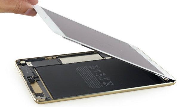แกะเครื่อง iPad mini 4 พบแรม 2GB และแบตเตอรี่ความจุน้อยกว่าเดิม !
