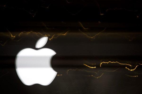 Apple ดึงตัว 2 นักพัฒนาของ Google มาร่วมทีมสร้างอินเตอร์เน็ตดาวเทียม