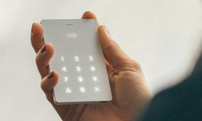 Light Phone มือถือบางเบา เกิดมาเพื่อรับสาย เท่านั้น