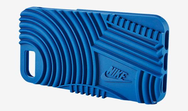 เท่ได้อีก Nike ผุดไอเดียเก๋ใช้ลายพื้นรองเท้ามาทำเป็นเคส iPhone 7